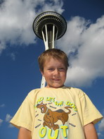 http://www.brandonsgoal.org/graphicx/TN_Brandon%20space%20needle.jpg